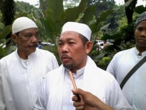 Gubernur Tandingan Fakhrurrozy Ishaq